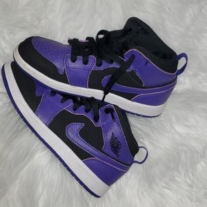 Air Jordan 1 mid black and purple